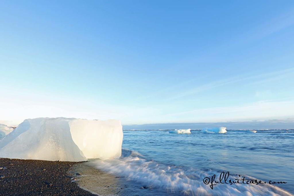 Iceberg on a coast of Jokulsarlon glacial lagoon in Iceland