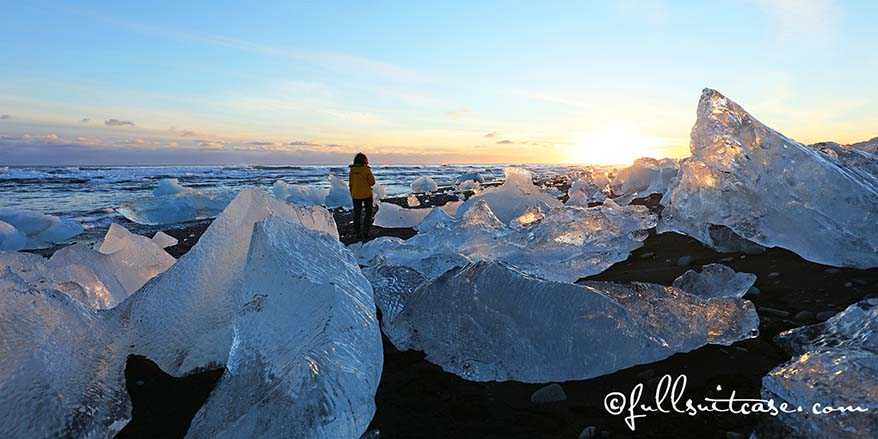 JÖKULSÁRLÓN beach Iceland spectacular winter landscape best photos