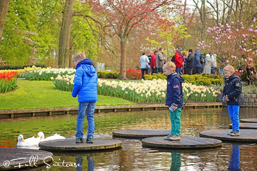 Kids at Keukenhof gardens in the Netherlands