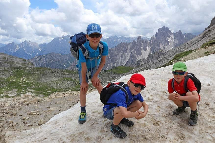 Best travel shoes for kids for any kind of family trip