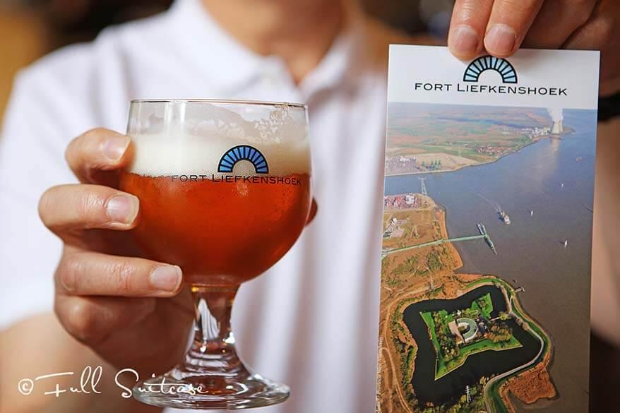 LIefkenshoek fort BonàPart beer