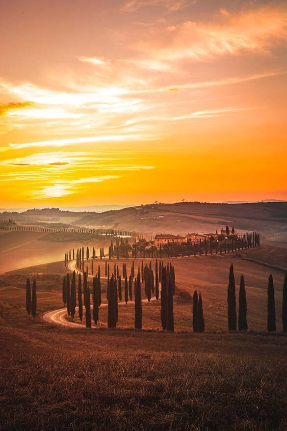 Tuscany countryside - picturesque hilly Tuscan landscape