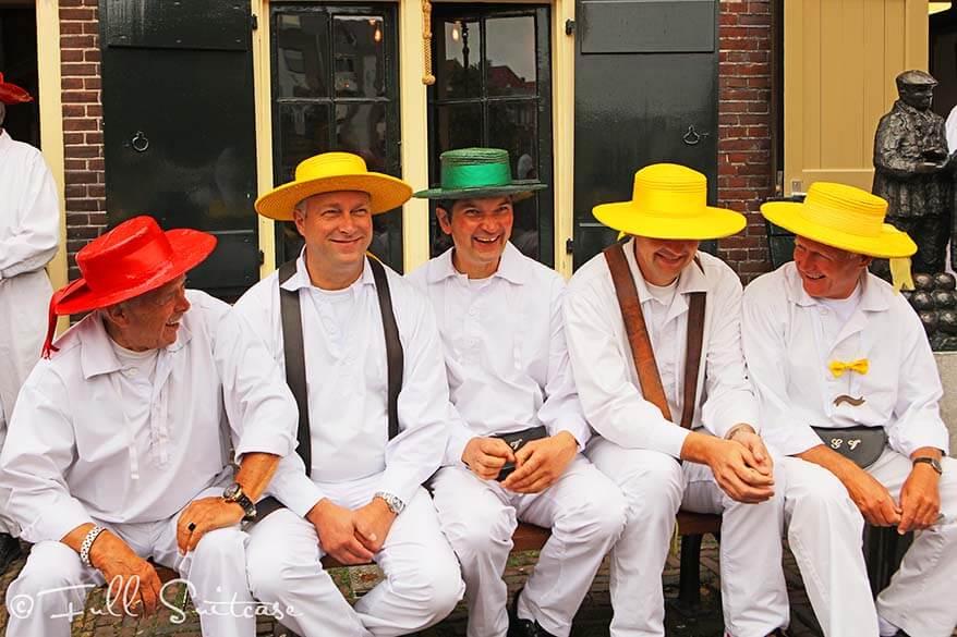 Cheese bearers at the Alkmaar cheese market
