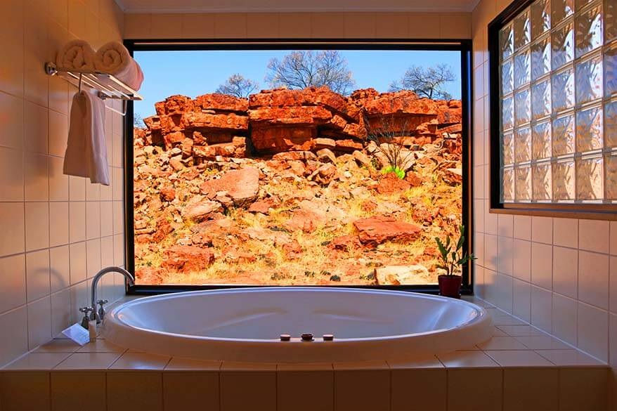 Bathroom with a view Kings Canyon Resort Australia