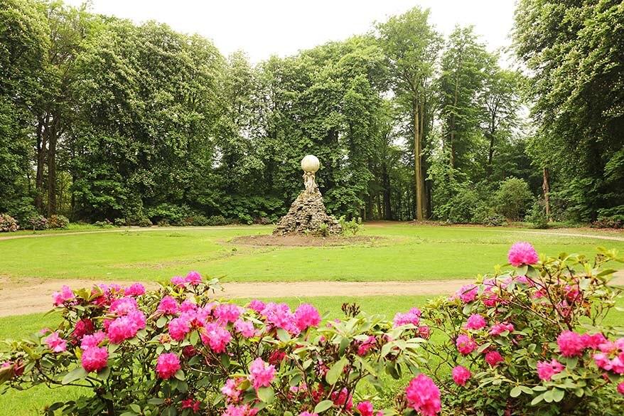 Spring flowers in Rivierenhof park near Antwerp in Belgium