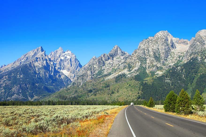 American road trip - driving in Grand Teton National Park