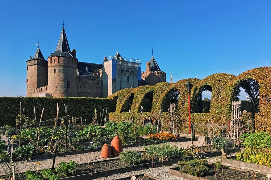 Best day trips from Amsterdam - Muiderslot castle