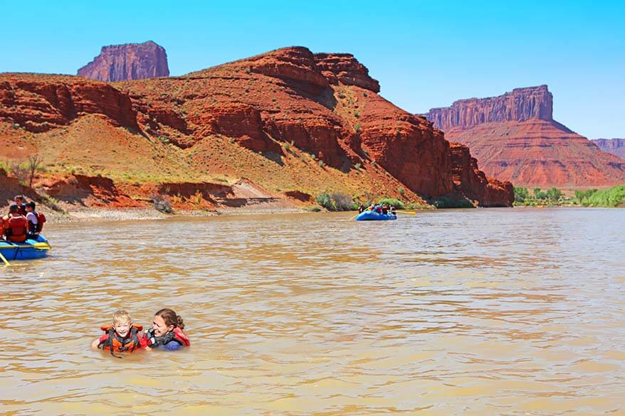 Rafting and swimming in Colorado River with kids