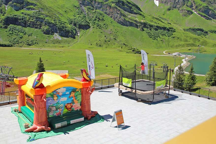 Trampolin and bouncy castle at Alpine Lodge Trubsee in Switzerland