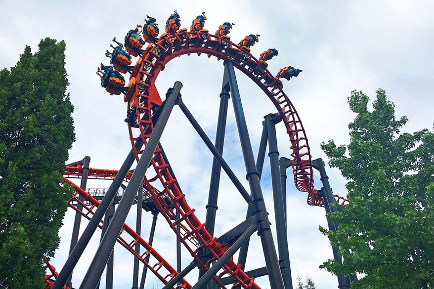 Vampire roller coaster in Walibi Belgium