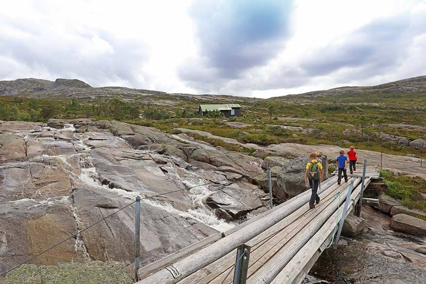 Hiking in Norway with kids