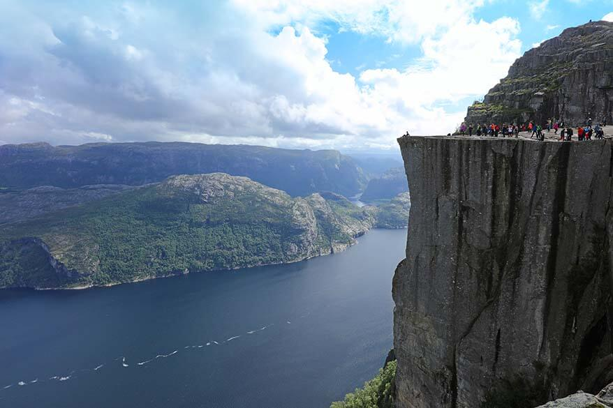 How to do Pulpit Rock hike and Lysefjord cruise in one day