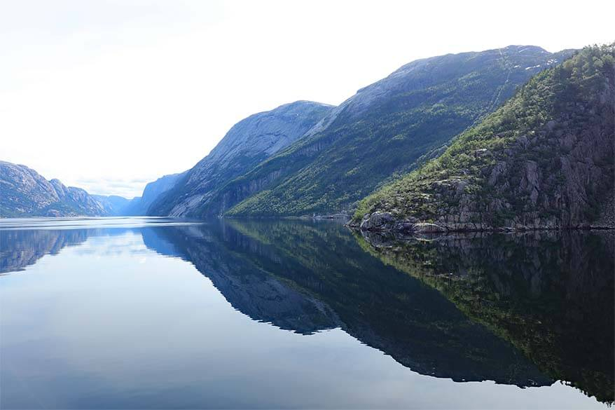 Lysefjord cruise - reflections