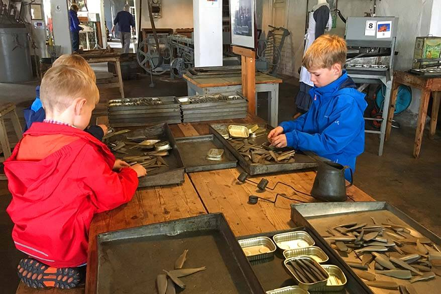 Canning sardines at Norsk Hermetikkmuseum