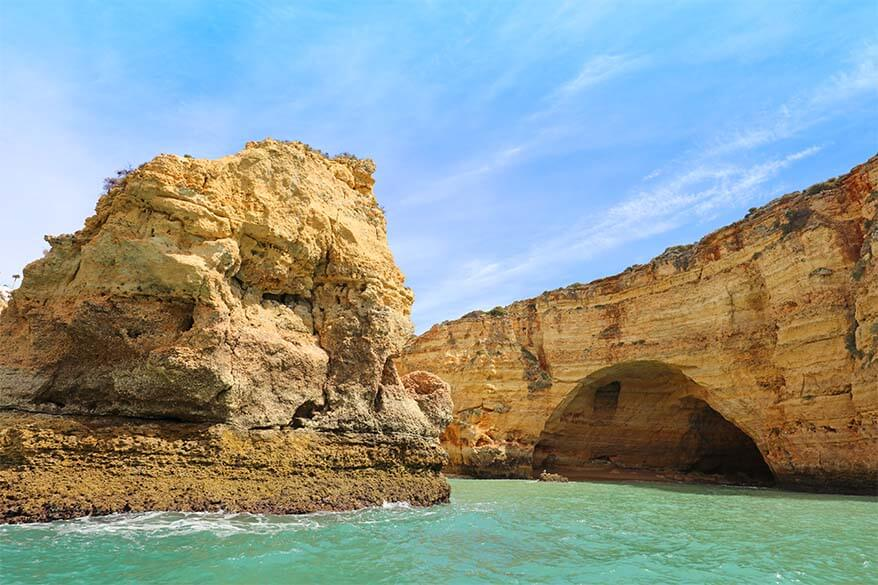 Best way to see Algarve coast and the sea caves is to take a boat tour