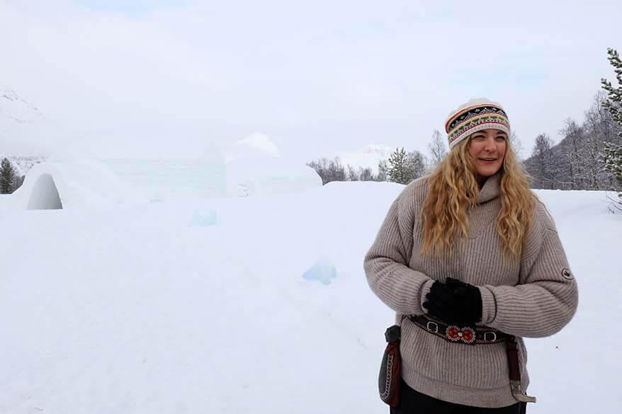 What locals wear in Norway in winter