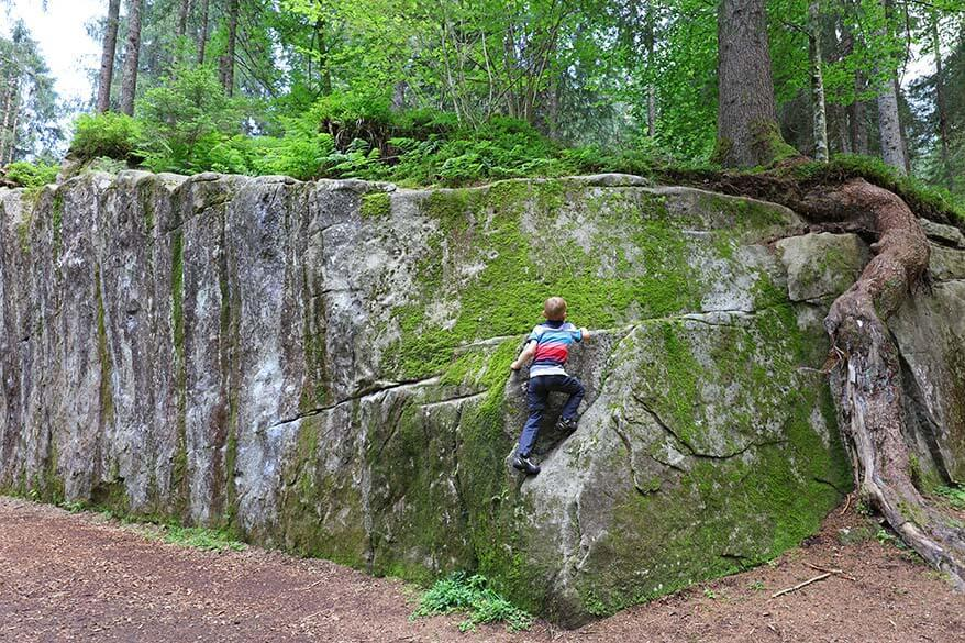 Bouldering with kids