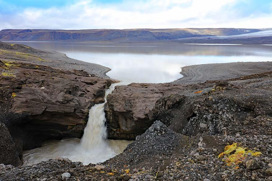 Hagavatn and Nyifoss waterfall in Icelandic highlands