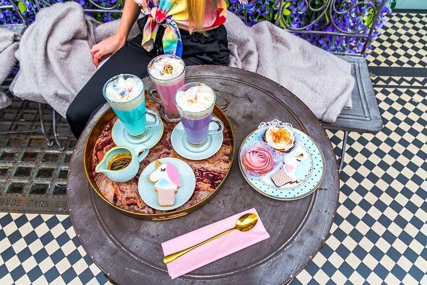 Saint Aymes, unicorn cafe in London