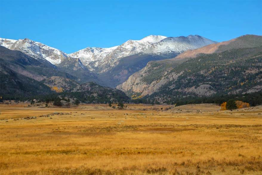 Fall colors along Trail Ridge Road, Rocky Mountain National Park in Colorado USA