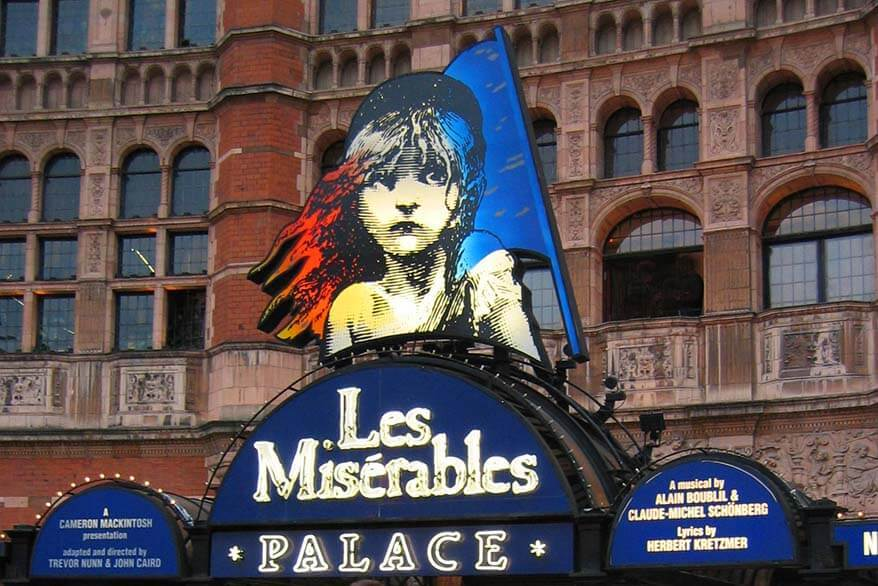 Les Miserables in London - book London theatre tickets well in advance