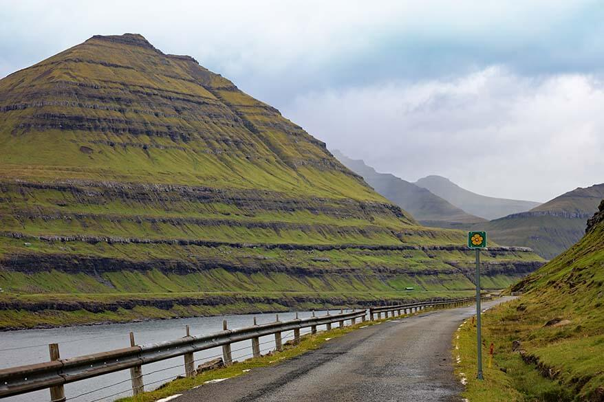 Buttercup route sign indicates all the scenic roads on the Faroe Islands