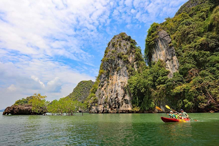 Kayaking near Ko Talabeng - Koh Lanta Thailand