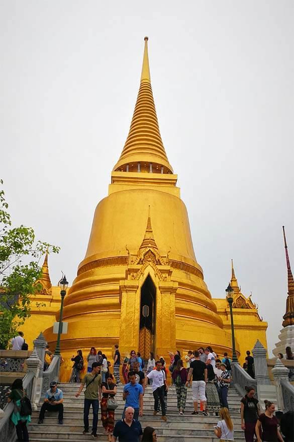 Phra Si Ratana Chedi, Golden Stupa at Bangkok Grand Palace