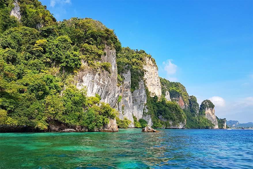 Stunning coastline of Phi Phi Leh in Thailand
