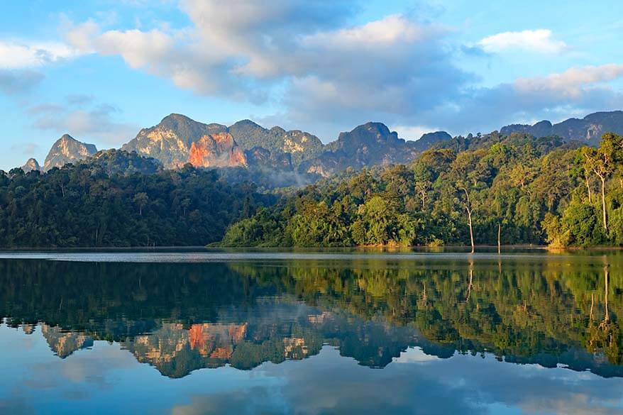 Cheow Larn Lake reflections at sunrise - Khao Sok National Park Thailand