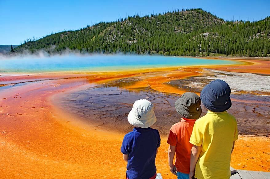 Visiting Grand Prismatic Spring with kids - Yellowstone NP, USA