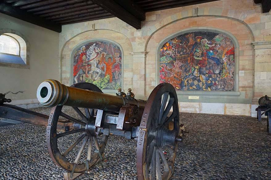 Unique places to see in Geneva - mosaics and cannons of l'Ancien Arsenal