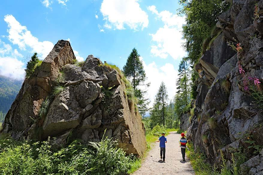 Hiking to Rifugio Val di Fumo with kids - easy but very rewarding hike in Trentino Italy