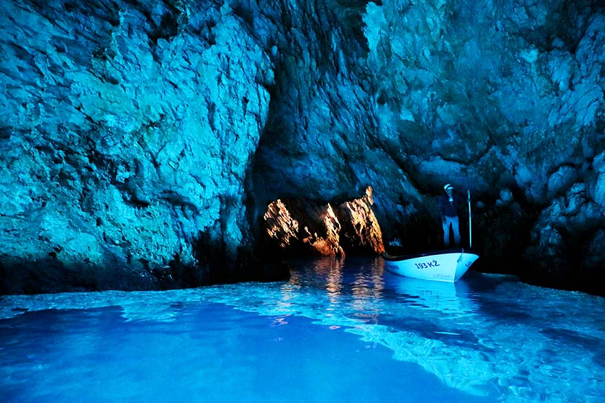 Blue Cave Croatia - visitors guide plus best Blue Cave tours from Split and Hvar