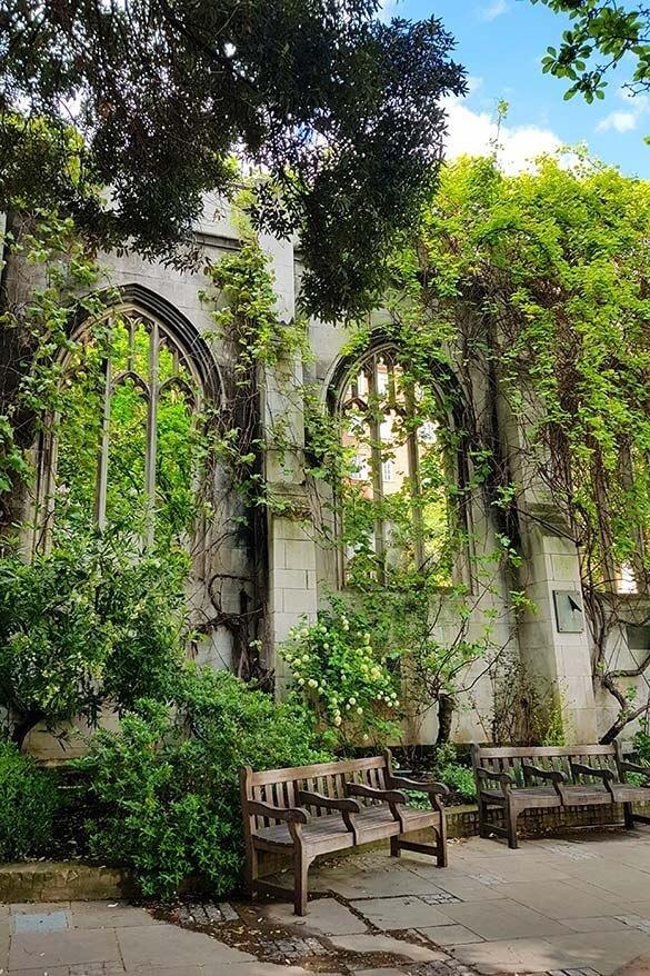 Incredible hidden gems of London - Saint Dunstan in the East