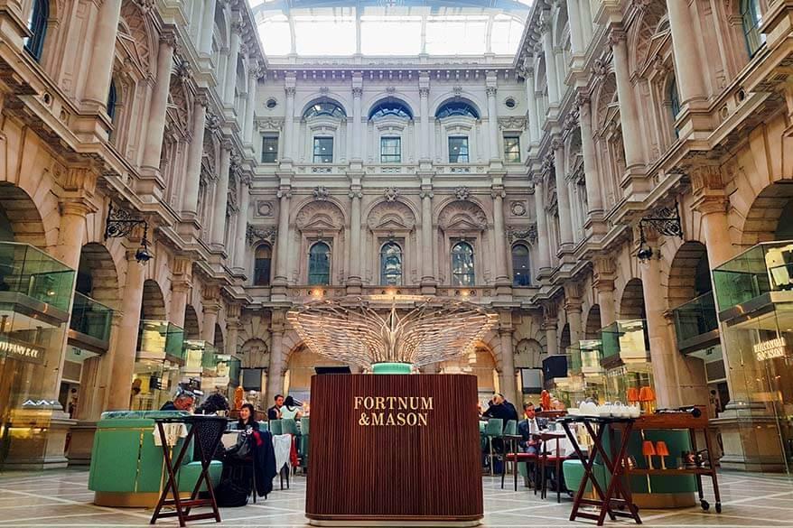 London hidden gems - The Royal Exchange