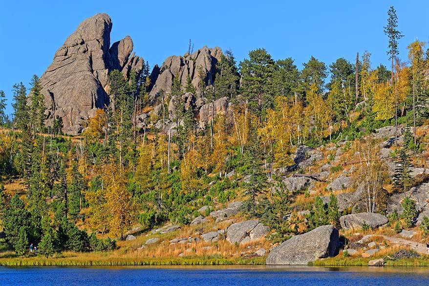Custer State Park in the fall - September is a great time to visit Mt Rushmore