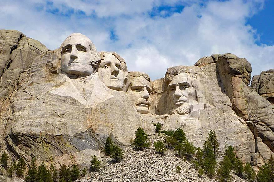 Guide to visiting Mount Rushmore and things to do nearby