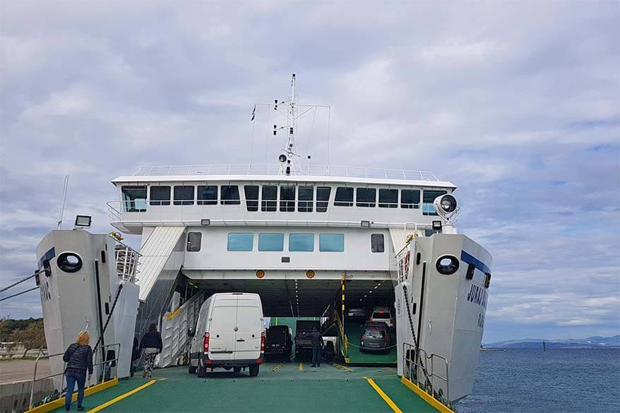 How to get to Brac island - ferry from Split or Makarska