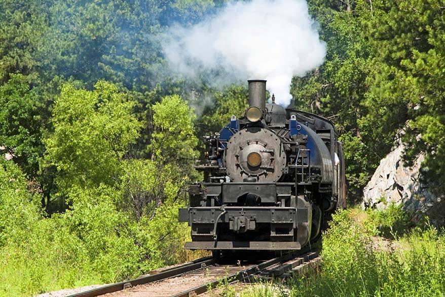 Old West Shootout 1880 Train between Hill City and Keystone SD