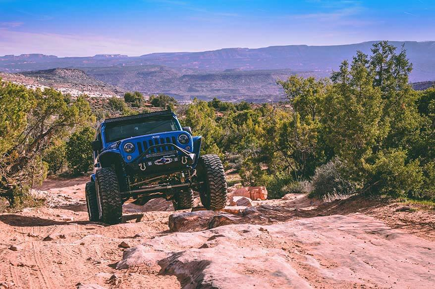 4x4 ride is one of the fun things to do in Moab Utah