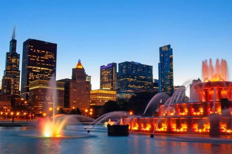 Chicago's Buckingham Fountain light show