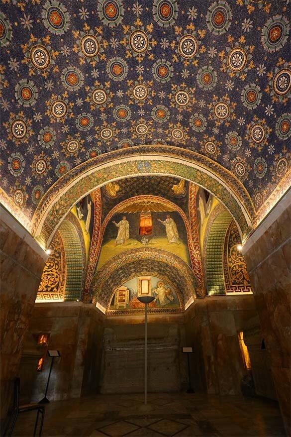 Mausoleo di Galla Placidia in Ravenna Italy