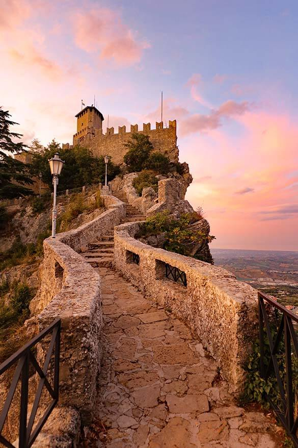 Passo delle Streghe - the Witches Path in San Marino