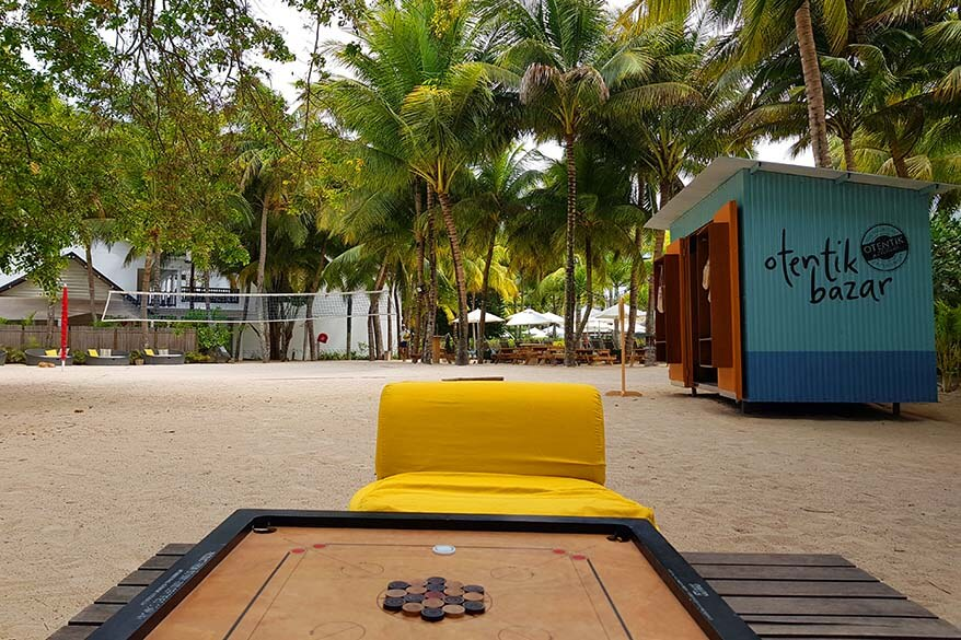 Board games at the beach of The Ravenala Attitude in Mauritius