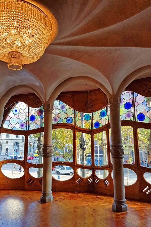 Casa Battlo - one of the best Gaudi buildings to see in Barcelona