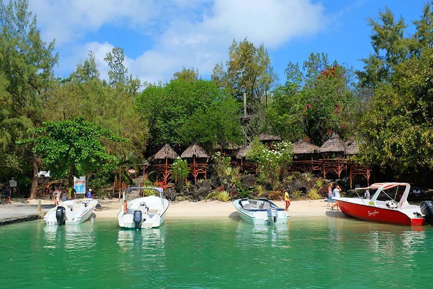 Catamaran cruise - Ile aux Cerfs tour in Mauritius