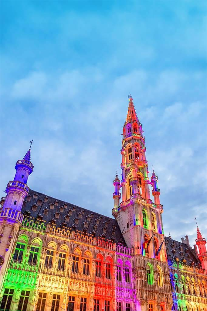 Brussels Grand Place light show in summer