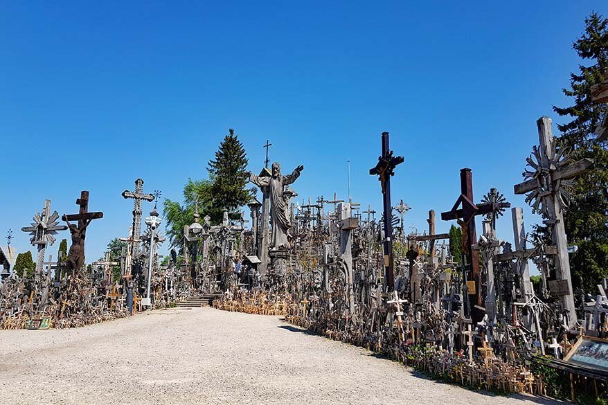 Guide to visiting the Hill of Crosses in Lithuania