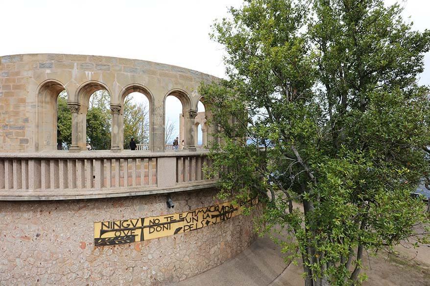 Montserrat Arch Windows